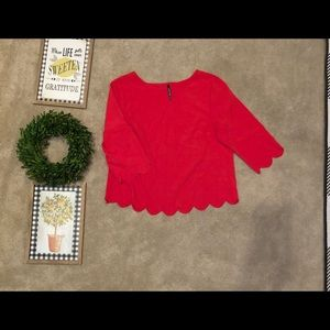 Tops - Boutique red scalloped top
